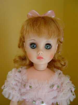 GORGEOUS VINTAGE Madame Alexander Elise 17 inch Doll Pink Ball Gown & Nylons