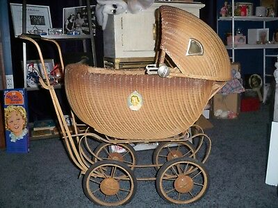 1930's Shirley Temple baby buggy carriage  Pick Up Only, no delivery