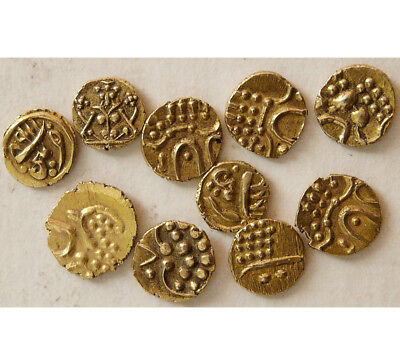 PCW-I1586-INDIA, Medieval. 1400-1750 AD. Group lot of 10 different Gold Fanams.