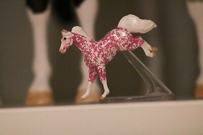Breyer Minnie Whinnie Surprise Strawberry Pink Horse Rare