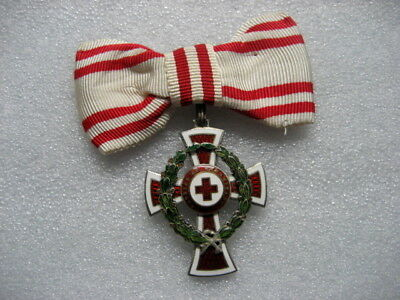 .Austria Medal RED CROSS 2nd Class 1864-1914 For Ladies