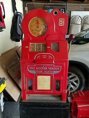 Jennings Slot machine Modern Vendor Local Pickup Only    Will need Work