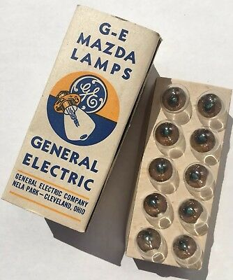 NOS Vintage GE Mazda Lamps Dome Panel Lights G-E 82 6-8V 6CP