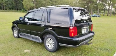 1999 Lincoln Navigator  1999 Lincoln Navigator in good shape with only 167,174 original miles!
