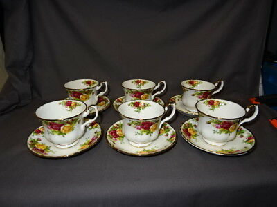 Royal Albert Old Country Roses Tea Cups & Saucers x 6