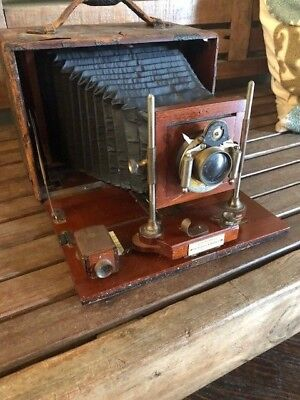 VINTAGE SCOVILL & ADAMS SOLOGRAPH WOOD FOLDING CAMERA c.1901 4x5 or 5x7 Plates
