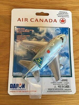 AIR CANADA Airlines 747 Fun Toy Pull Back Plane Airplane with Lights Jet Noise