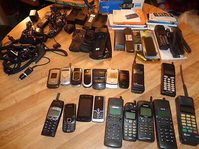 Lot of 19 Vintage Cell Phones Chargers Cases Motorola LG Samsung Nokia
