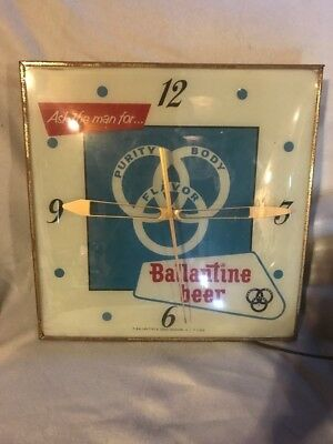 Vintage Light Up Ballantine Beer Clock, Advertising