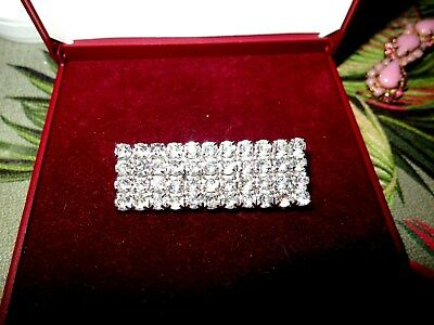 Lovely  vintage Art Deco  clear rhinestone   bar silver tone brooch