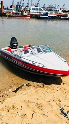 Glastron speedboat powerboat SSV143 with 60HP Mercury 2 stroke outboard
