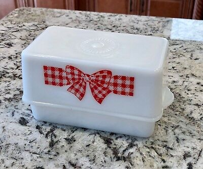 McKee Red Checkered Gingham Bow Design White Glass 1 Pound Butter Dish & Lid