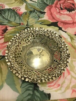 Antique 1912 Hallmarked Chester Solid Silver Bon Bon Dish -30.7g
