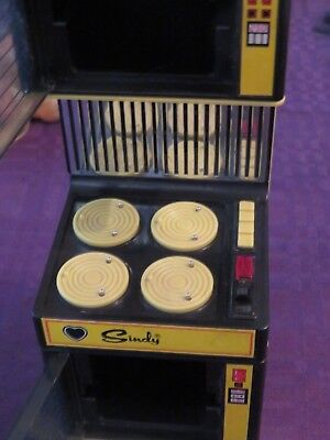 VINTAGE Barbie Sindy doll furniture (stove) parts or repair Mego Corp