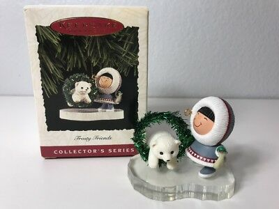 Hallmark 1994 FROSTY FRIENDS Wreath Polar Bear 15th In Series Ornament