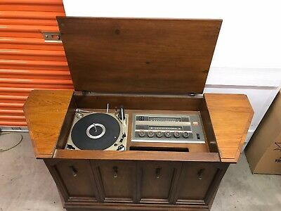1960s Penncrest Stereo Phonograph Console - turntable, radio, integral speakers