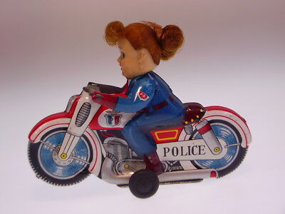"GSMOTO HAJI JAPAN ""POLICE GIRL ON MOTORCYCLE"" 13 cm, FR, NEARLY NEW/NEU/NEUF"