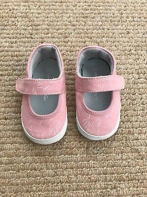 Lacoste Baby Girls My First Shoes, Size 2