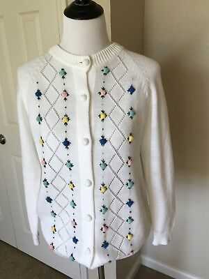 Vtg 60s White Cardigan Sweater Acrylic Blend Sz M Floral Pretty!