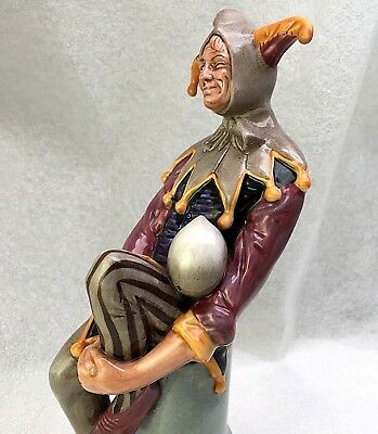 """10"""" TALL ROYAL DOULTON FIGURINE """"THE JESTER"""" HN 2016- Ca:1949- RETIRED-EXCELLENT"""