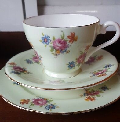 VINTAGE AYNSLEY ENGLAND TRIO BONE CHINA PALE MINT with PINK ROSES