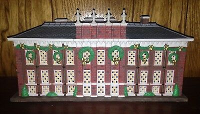 Dept 56-Kensington Palace #58309 RETIRED Lighted 1998 Princess Diana lived here