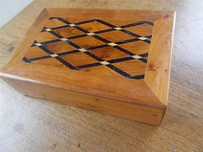 Suberb Hardwood Inlaid Wood Marquetry Parquetry Wooden Jewellery Trinket Box