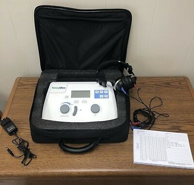 Welch Allyn AM 282 Audiometer with Headphones, Case & Manual