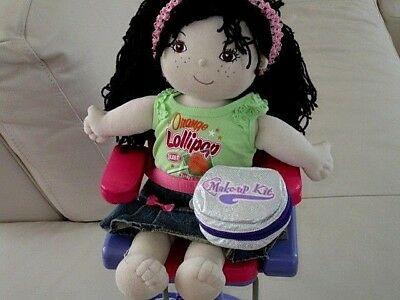 Friends 2B Made Sweetheart Doll-Clothes-Beauty Chair-Make Up Kit Lot M2