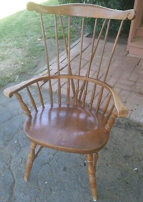 Windsor Antique Bow Back Spindle Solid Wood Dining Room Chair