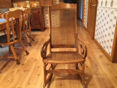 BEAUTIFUL LINCOLN ROCKING CHAIR {MID-1800s} NEW ENGLAND-PERFECT CONDITION
