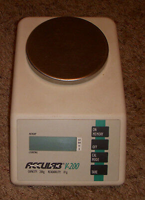 Acculab V -200 Vintage Digital Scale Capacity 200g Readability Tested