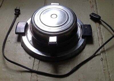 Manning-Bowman round waffle iron 1930s-1940s vintage, cord, works, Good/Used