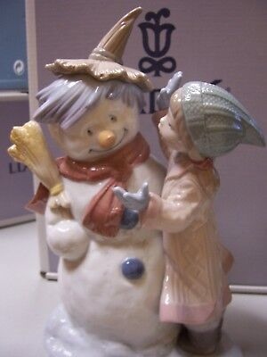 Lladro  Talk To Me  - Mint Condition In Box