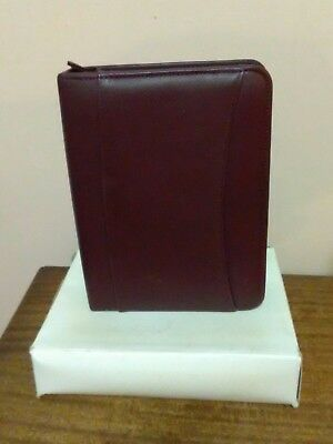 "Franklin Covey Burgundy Compact Leather 1"" Zipper Binder - NEW"