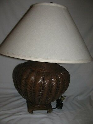 Vintage Round Brown Rattan Bamboo Wicker Table Lamp Works!!!