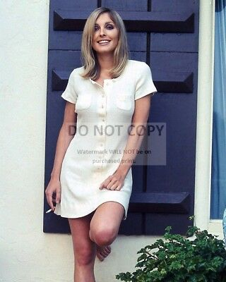 Actress Sharon Tate - 8X10 Publicity Photo (Bb-295)