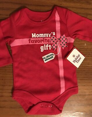 """Infant Size Newborn NWT Novelty Christmas Creeper """" Mommy s Favorite Gift  No Ret 85df38372"""