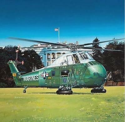 "GAL64105 1:48 Gallery Models VH-34D ""Marine One"" HMX-1 Presidential Flight [MODE"