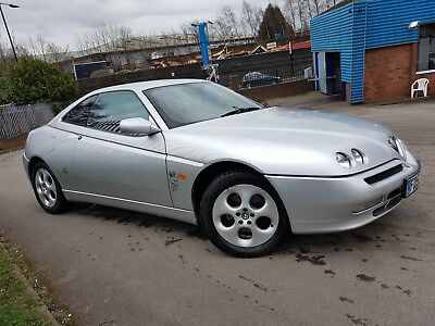 2004 Collectors Alfa Romeo GTV with LEATHER 2.0 Twin-Spark 79000 mls can deliver