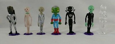 Alien bundle The Real Alien Collection x 7 figures 1999 colectable new
