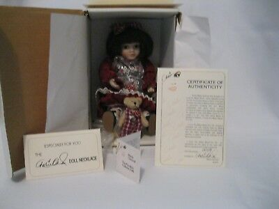 Tiny Tots  I Love You Beary Much  Marie Osmond Porcelain doll used w/box