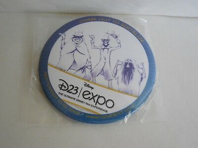 2009 D23 Expo The Haunted Mansion Hitchhiking Ghosts Button Halloween Disney