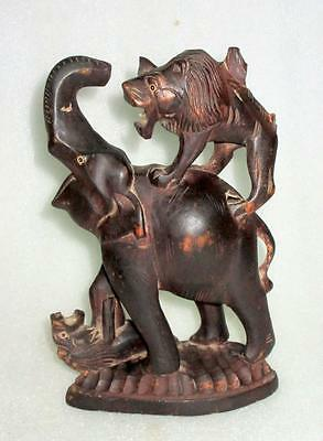 Antique Old Rose Wood Rare Hand Carved Lion Fighting Elephant Figurine Statue