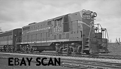 ORIG NEG Canadian National GP7 1721 in 1956 in second of four road numbers  O