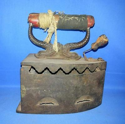 Antique Old Rare Collectible Iron Burning Coal Use Cloth Iron Made In Japan