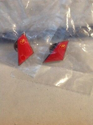 northwest airlines Airplane Tail Pins 2/in Lot Sealed Union Made USA