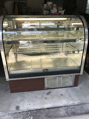 Refrigerated Pastry Case Marco Curved Glass
