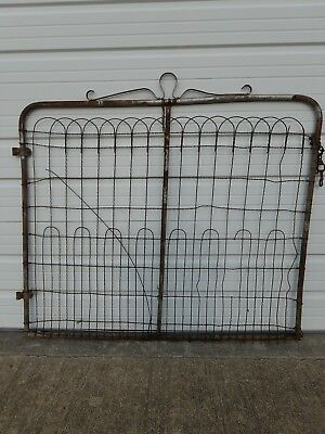 Antique early 1900's TWISTED WIRE COTTAGE GARDEN YARD GATE old metal fence