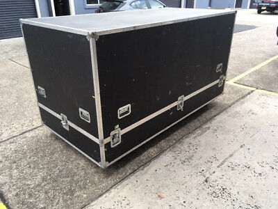 Large Road Case 2400 x 1200 x 1200 on castors - great for Trade Fair kit